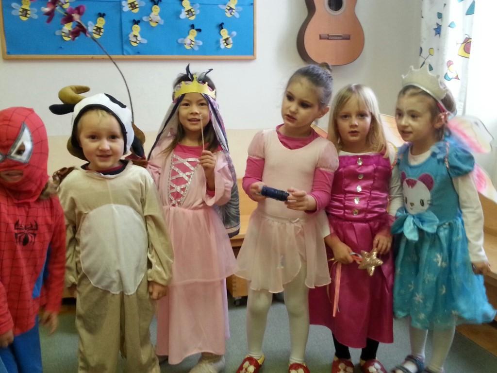 Eidenberg Info Fasching Im Kindergarten